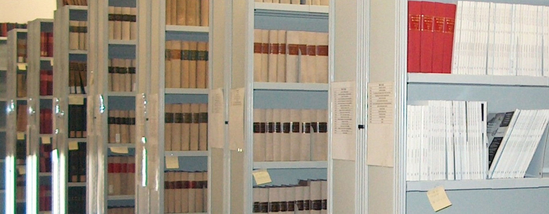 Rasteromo rafturi arhivare