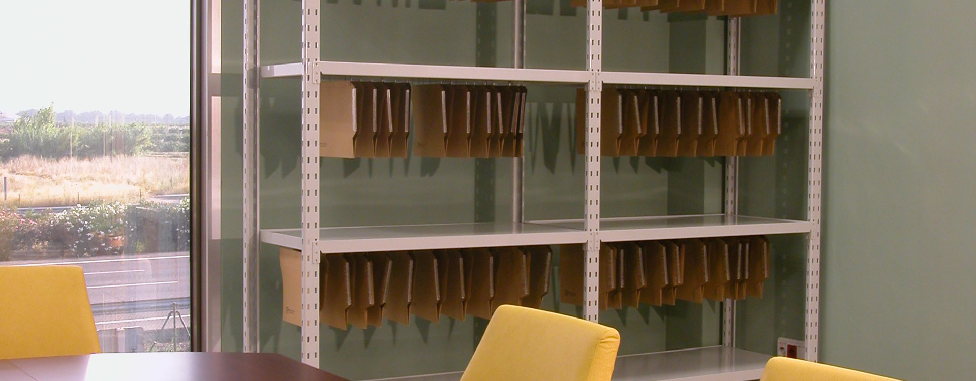 Rasterom rafturi pentru birouri